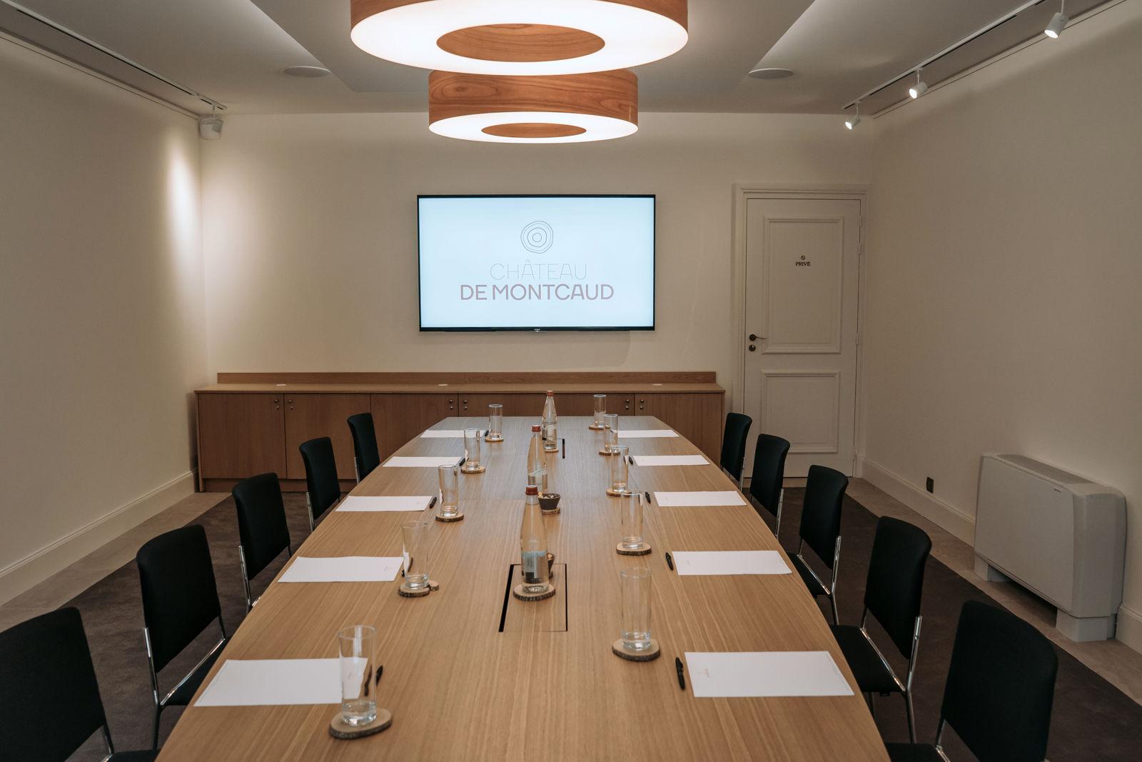 Der kleine Salon eignet sich perfekt für exklusive Sitzungen